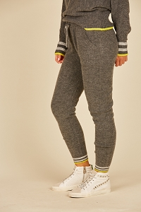 Star String Knit Joggers